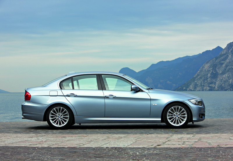 also P Rover Se Speed Manual additionally Tatamotorsindica besides Audi A Avant as well Manual Image. on 2005 rover 75